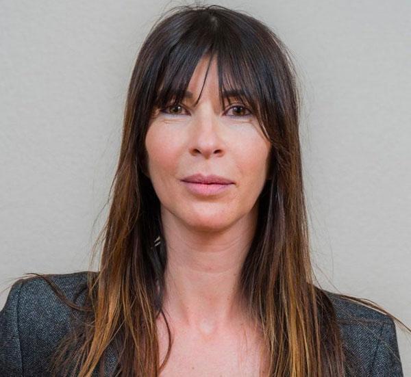 sandrine-laviron é uma recepcionista e assistente administrativa.